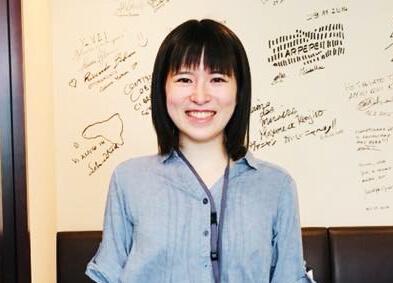 アドマーニ卒業生の活躍#2  米川葵さん