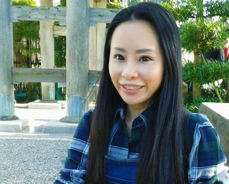 編み物作家として活動-卒業生の活躍#3: 佐藤鈴さん