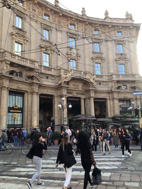 ついにイタリア初上陸!ミラノ Starbucks リザーブ・ロースタリーに潜入!!
