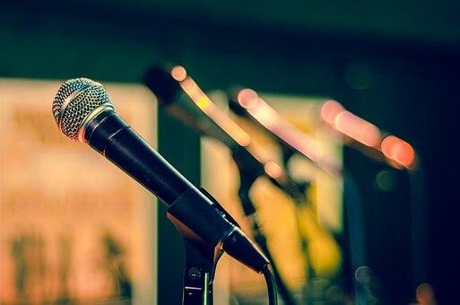 今日のワンフレーズ♪「cantare come un dio」