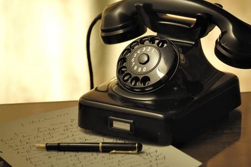 電話で予約するときのフレーズ