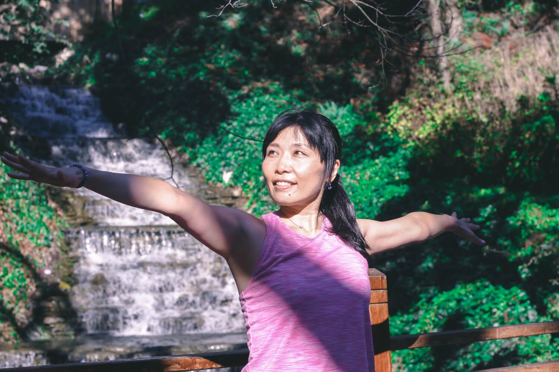 ヨガとマインドフルネスのインストラクター・ライフコーチとして活動-卒業生の活躍#5:高山理瑛さん