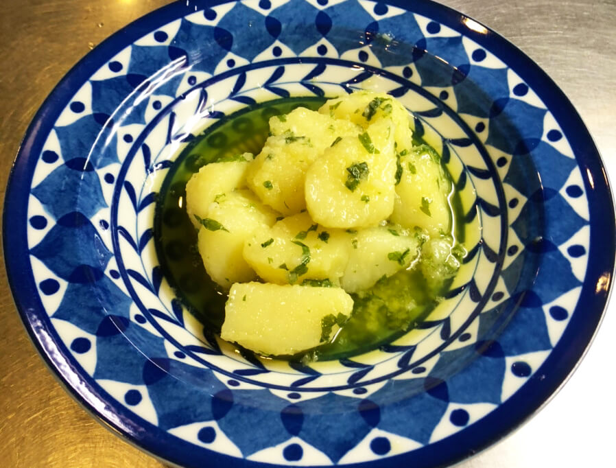 Patate Prezzemolate(ジャガイモとパセリの煮込み)