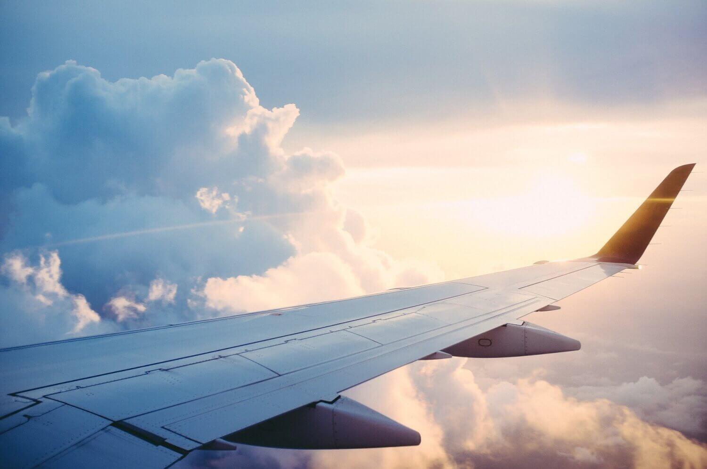 飛行機の乗り継ぎがうまく出来なかった時、どうすれば?